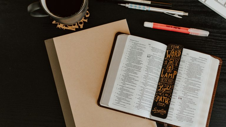 Study the Bible. How to Devo. Devotional Tips.